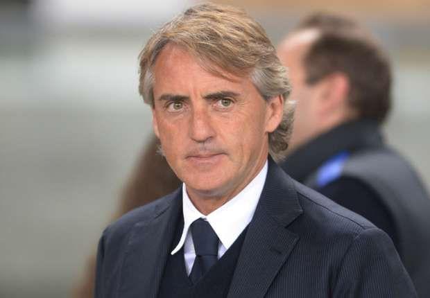 Davide Santon Dukung Pelatih Inter Milan - Walaupun sedang menjalani musim yang begitu mengecewakan, Davide Santon percaya jika Roberto Mancini merupakan pelatih