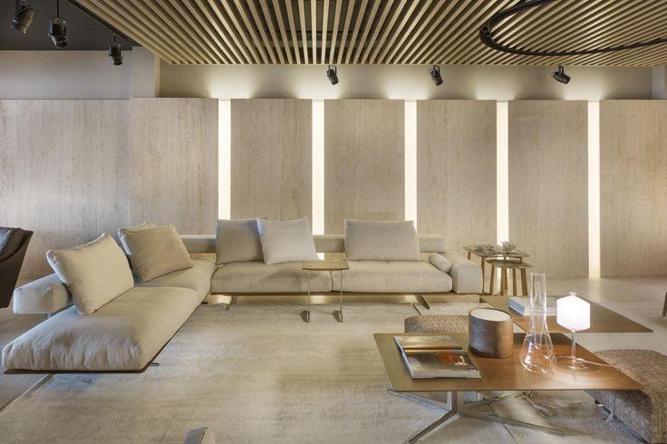 2017 new opening | #FLEXFORM WING sectional #sofa, #design Antonio Citterio Photo Courtesy: Ruy Teixeira