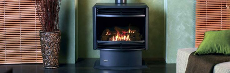 RINNAI ROYALE FREESTANDING ETR - The Rinnai Royale ETR is one of the world's most technologically advanced Gas Log Flame fires. And if you're wondering what the ETR stands for, it's Electronic Timer and Remote. That's because the Royale ETR has many standard electronic control features that other brands charge for as options. What's more, it's available in both freestanding and inbuilt configurations. #Heating #GasHeating #FreeStanding #Inbuilt #Rinnai #HearthHouse