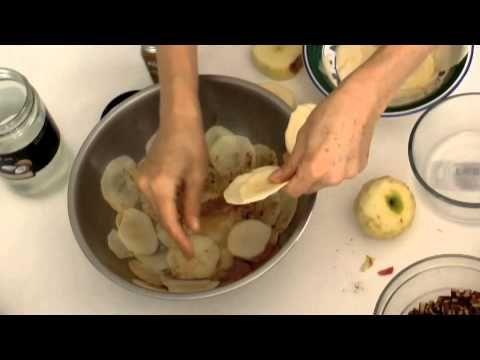 APPLE RAVIOLI- Amazing Raw Food Recipe by celebrity chef Carol Brotman, by Markus
