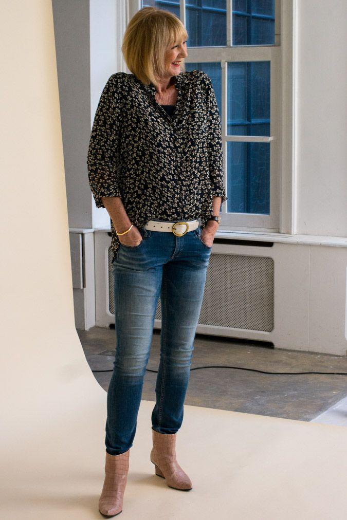 Shirt Ganni, jeans Denham, pink ankle boots EIJK Amsterdam