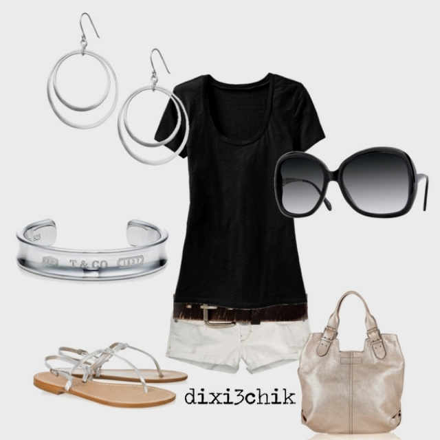 Love the simplicity! Just need longer shortsSummer Outfit, Style, Fashion Vintage, Black And White, Crui Outfit, Black White, Summer Night, Black Pants, Summer Clothing