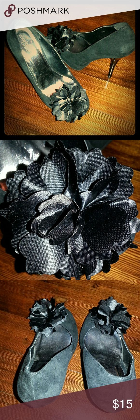 """Cute Black Heels w/ Flower Embellishment Cute black heels! Heel is 5 to 5 1/2"""" high. Only worn a couple times. Faux saude and heels are glossy plastic. Flower embellishments on both. See close up. Charlotte Russe Shoes Heels"""