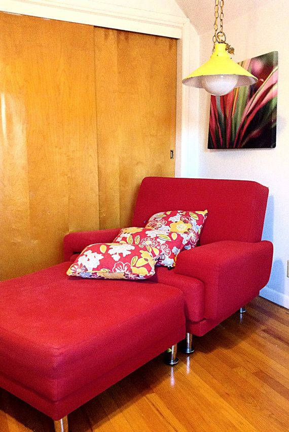 MCM Mid Century 1970's Red Canvas Sleeper Chair/ by HUEisit