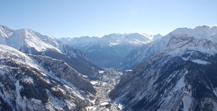 5 Things to Look for in a Luxury Ski Weekend - Read more at http://momentumski.com/things-look-for-luxury-ski-weekend/