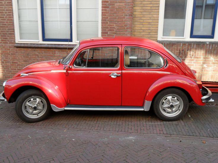 VW Beatle. St. Anthonystraat.