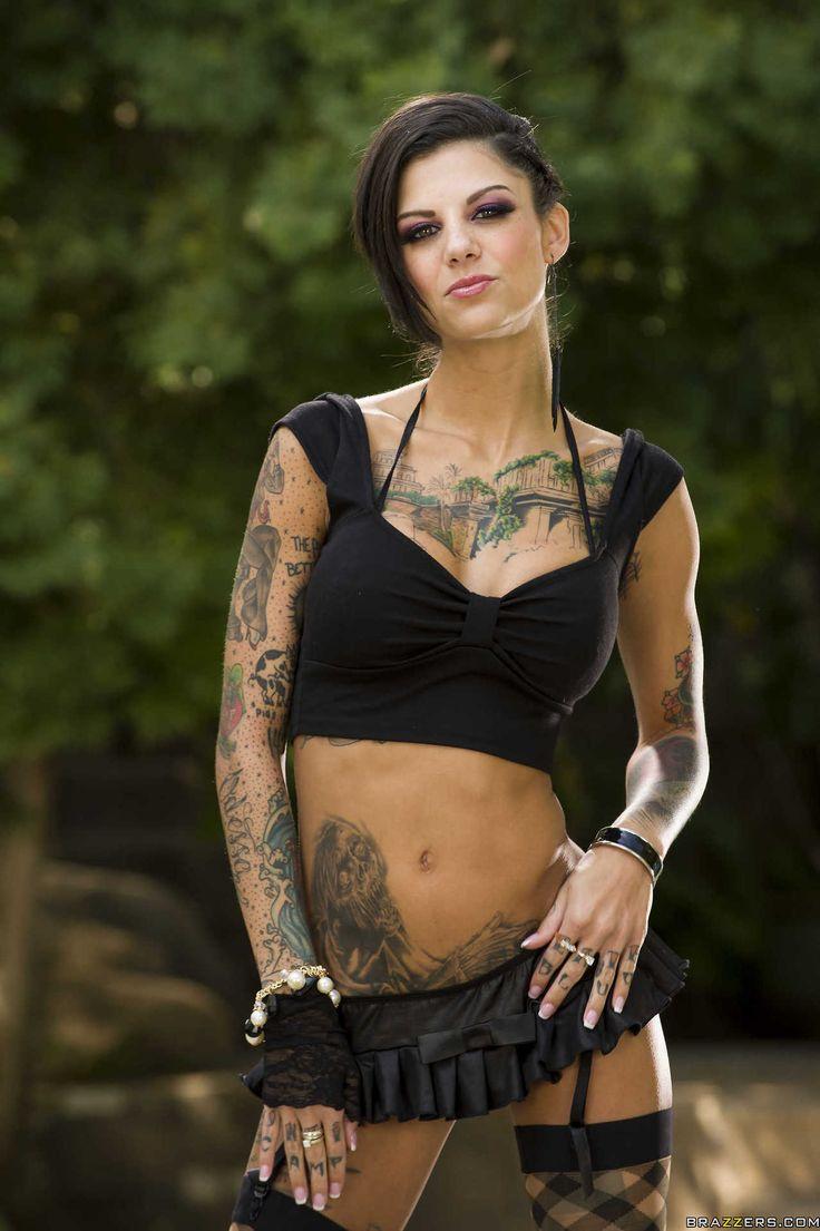 Verhurt Mädchen mit vielen tattoos, Bonnie Rotten bekommt doppelt eingedrungen