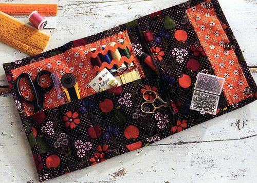 sewng kit pattern | Lindamade » Take Along Sewing Kit Not a pattern, just picture and write up