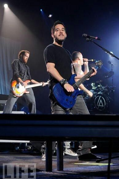 Linkin Park #phoenix #mikeshinoda #chazzy