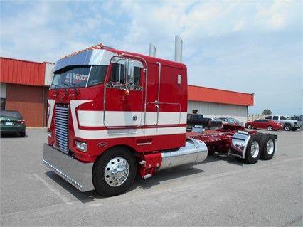 Semi Trucks For Sale: New Peterbilt Semi Trucks For Sale