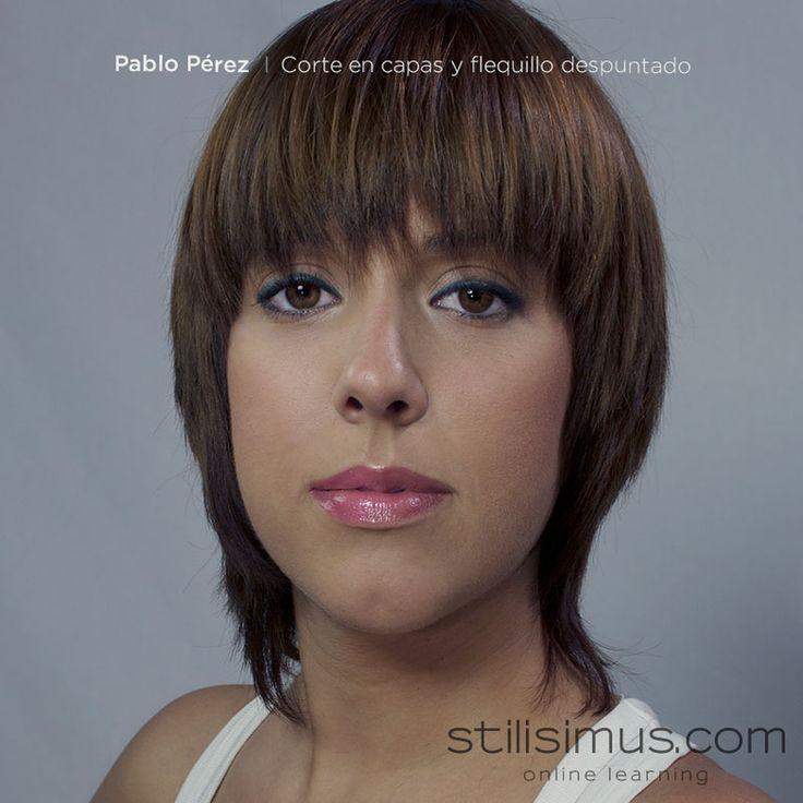 Corte femenino con una textura muy desfilada con la cual aportamos volatilidad y movimiento en los medios y puntas del cabello by #PabloPerez ya disponible en http://stilisimus.com/corte-en-capas-y-flequillo-despuntado-por-pablo-perez/ #cortefemenino #cortedesfilado #cursostilisimus #stilisimus #haircut #hairdresser #stilisimuscourse