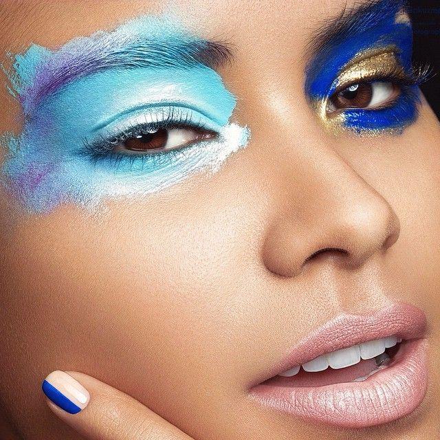 Another shot from our Go Pro Studio Beauty video training 🌟✨💋💄 model @sulemcalderon makeup @radstella manicure @nailgasmtv hair @pelos_de_eloteee photo & post @juliakuzmenko cinematography @jaronschneider co-author @dovgulya at @rosestudiosla 🌟📷✨ #beauty #beautymakeup #beautyretouch #beautyphotography #makeuo #makeupart #makeupartist #blueeyeshadow #creamshadows #closeup #studiophotography #studiolighting #losangeles #goprostudiobeauty