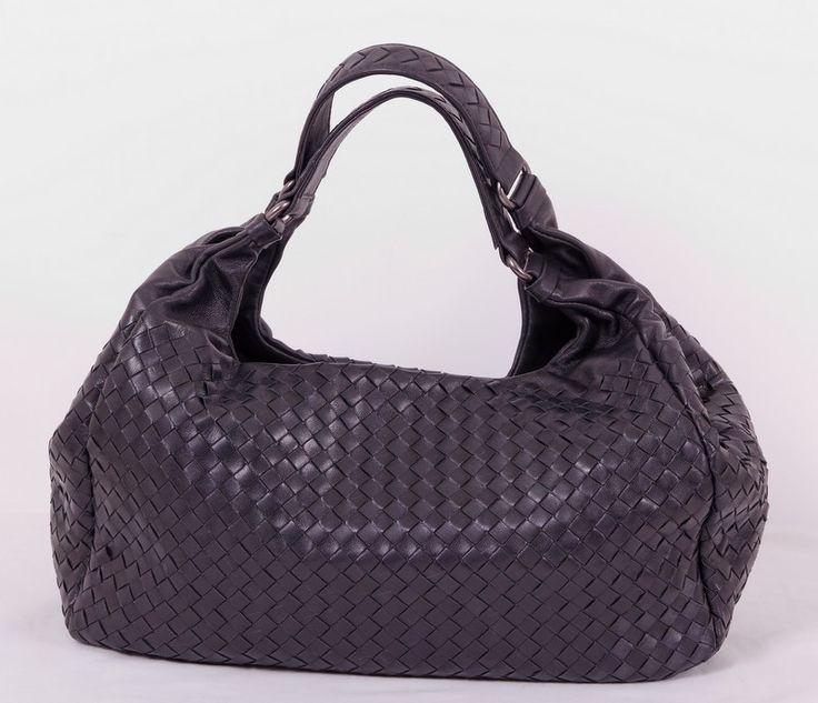 Кожаная сумка Bottega Veneta (Боттега Венета) Hobo черная из импортной итальянской кожи, подкладка из натуральной кожи