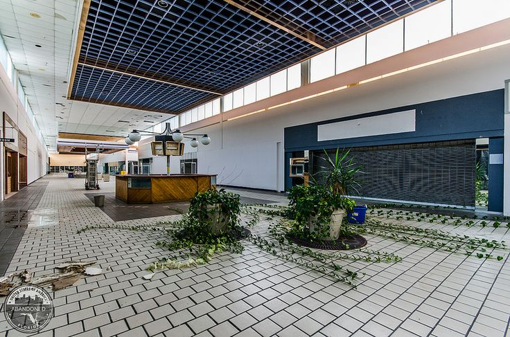Abandoned mall in Titusville, Florida