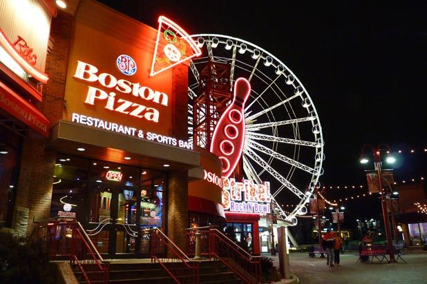 17 Best Pizza Chains Around the World ...2 Canadian chains and no American! I agree!