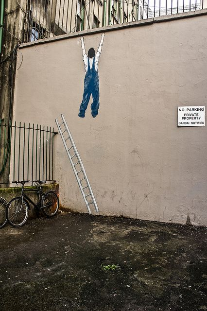 Graffiti & Streetart Dublin....because someone moved his ladder :/