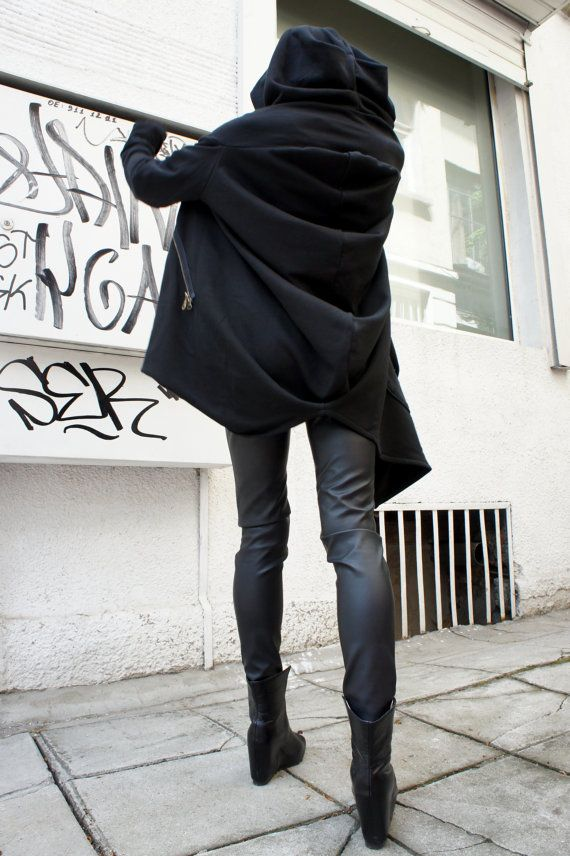 Asymmetric Extravagant Black Hoodded Coat / Qilted Cotton  A07015 op Etsy, 71,23 €