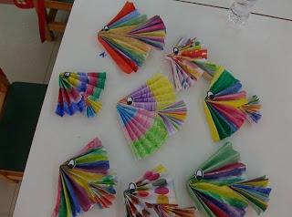 http://kindergartenideas-sofia.blogspot.gr/   VIS!!!!!!