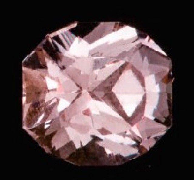 0.62 ct COLOR CHANGE GARNET - MASTER CUT!  GREEN-BLUE TO PINK! pink gemstone, pink garnet  , gemstone