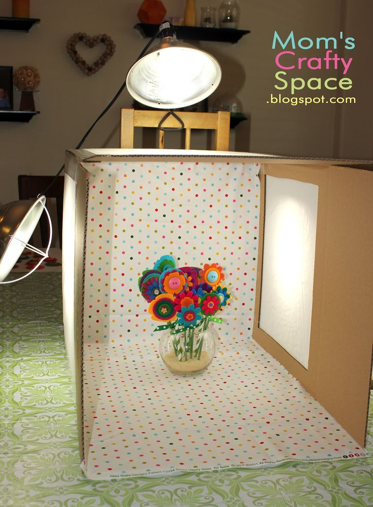 DIY Light Box ~ Mom's Crafty Space