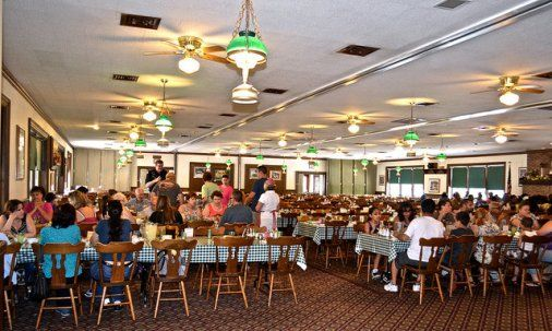 Amish Cooking - Good 'n Plenty Restaurant Review