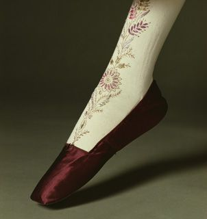 1830s Stockings and ShoesShoes, Cotton Knits, Fashion History, Clothing, Kyoto Costumes, Dresses, Costumes Institution, 1830 S, Stockings 1830S