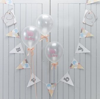 This pretty 'Baby' bunting consists of 15 flags displaying both letters and a colourful balloon design.