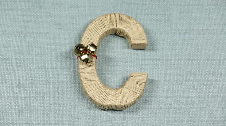 This beautiful gift starts as a letter and finishes as a monogram wreath you made yourself!/
