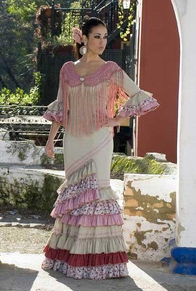 Traje-de-Flamenca.-Triana