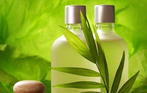 Perché non prendersi cura dei propri capelli con uno shampoo fatto in casa? Molti fattori quali lavaggi frequenti, smog, agenti atmosferici, stress contribuiscono a ...