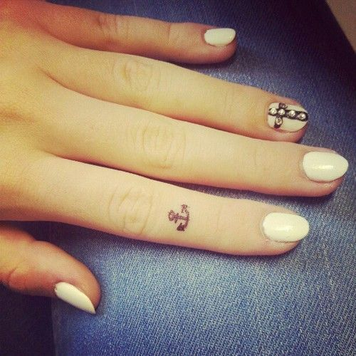 2017 trend Women Tattoo - small anchor finger tattoo #ink #girly #tattoos #YouQueen...