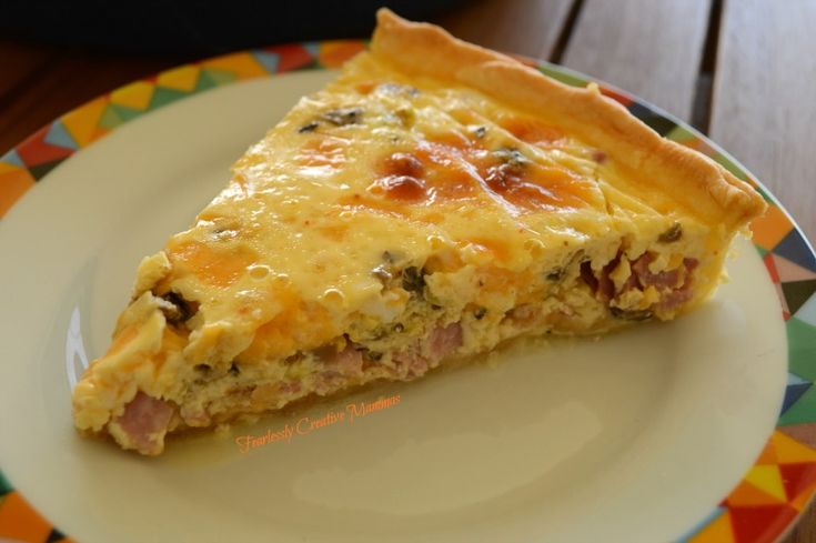 Easy Breakfast Quiche fearlesslycreativemammas.com #ultimaterecipechallenge