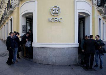 El juez Moreno imputa por blanqueo de capitales al banco chino ICBC