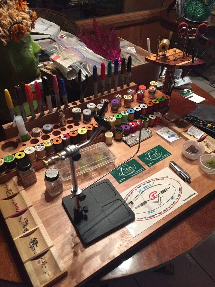 Fly Fishing - Best fly tying desk top you will find!