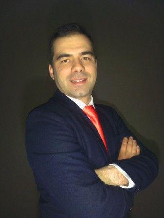 Engenheiro português vai gerir centro de competências da Ikaros Solar 26/11/2014 :: Energia Solar Térmica TISST
