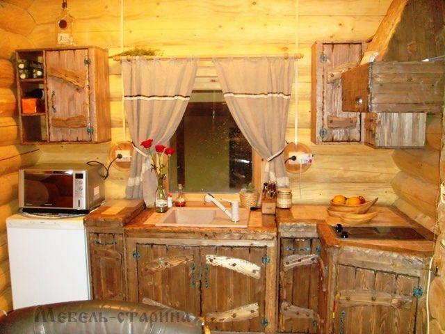 Состаренная кухня из массива сосны