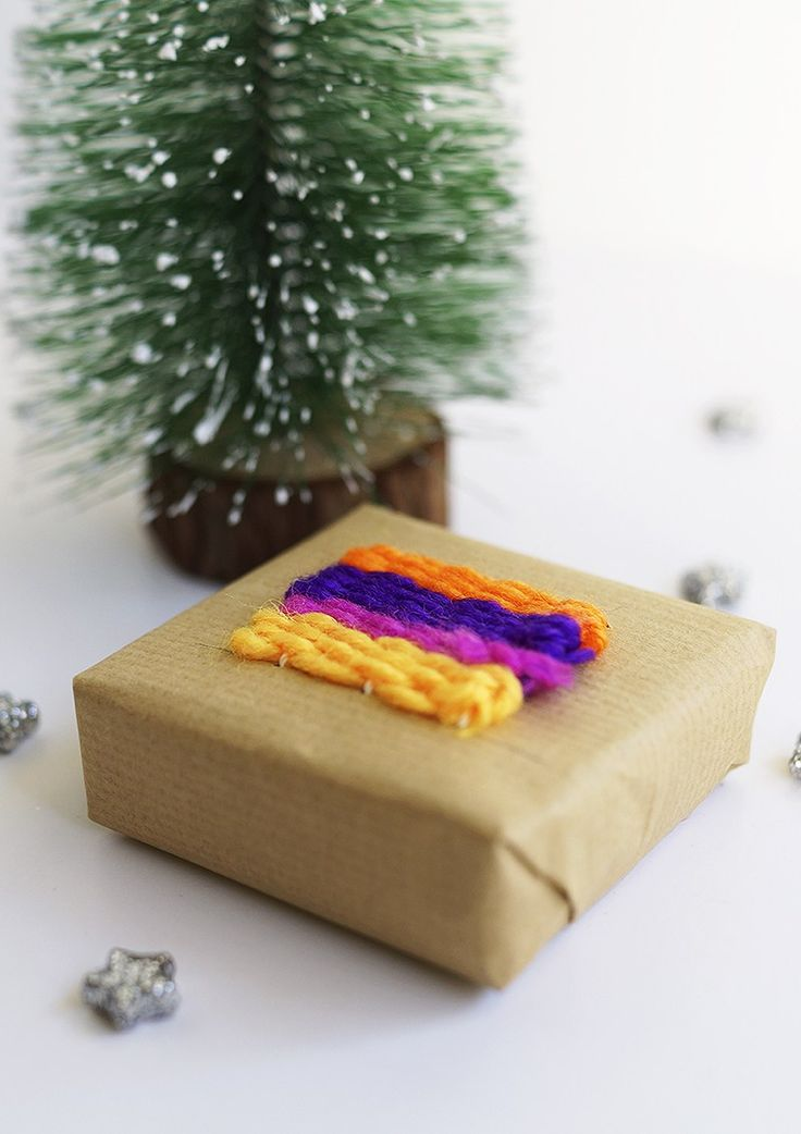 DIY gift wrap with weaving by Anna Spathari