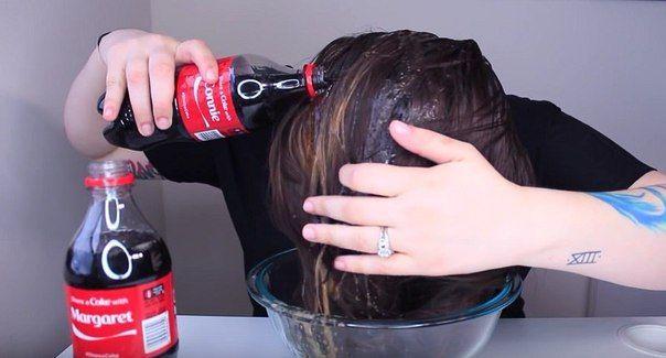 Что будет, если на голову вылить 2 бутылки кока-колы