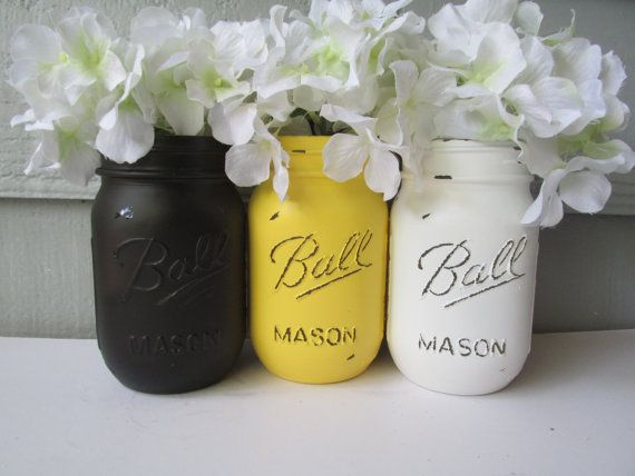 BUMBLE BEE Painted And Distressed Ball Mason Jars Yellow Black White Set