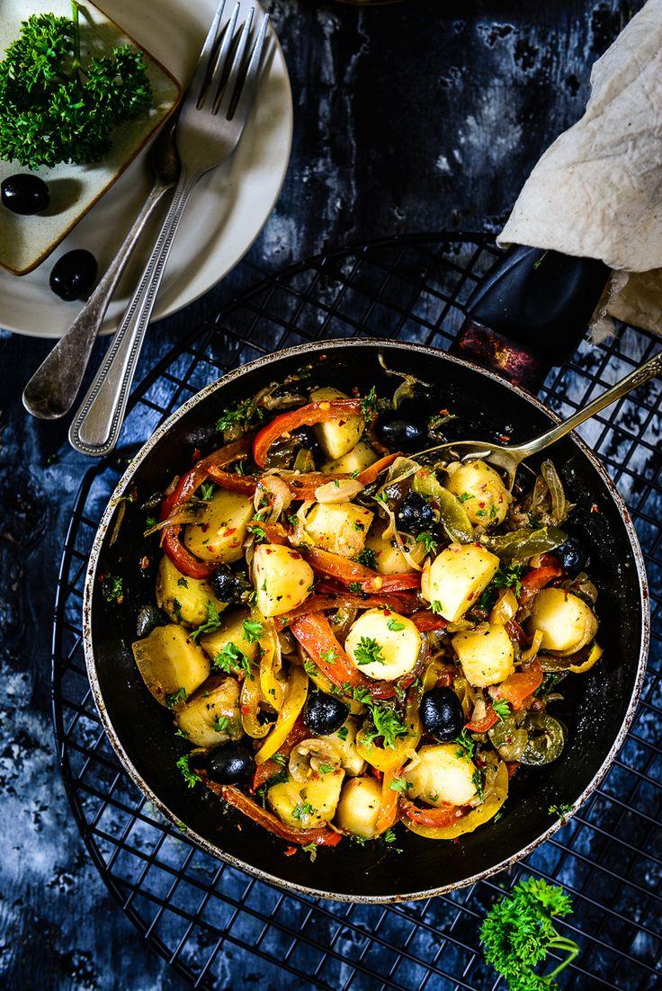 Mediterranean Warm Potato Salad Recipe, How to make Mediterranean Warm Potato Salad via @WhiskAffair