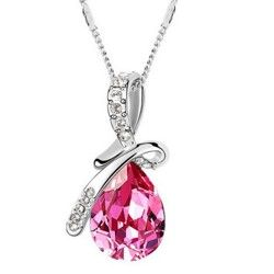 Jemný náhrdelník s ružovou slzičkou pre elegantnú ženu :)