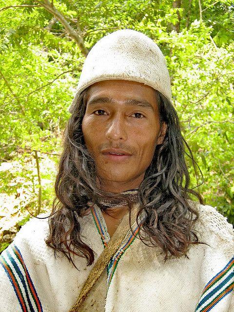 Indígena: arahuaco de la Sierra de Santa Marta, Colombia.