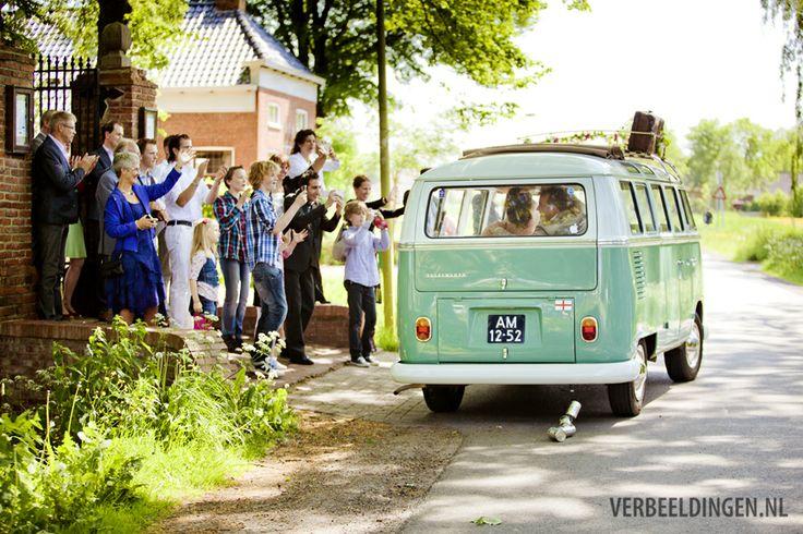 waving good-bye and filming bride and groom at the church when they leave in their green VW bus / zwaaien en filmen als het bruidspaar vertrekt bij de kerk
