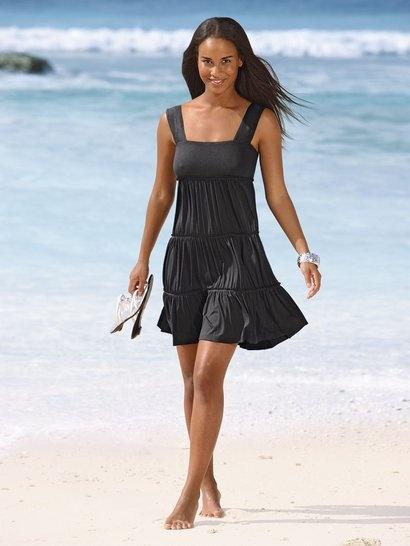 Schönes, schwarzes Stufenkleid mit breiten Trägern ALBA MODA