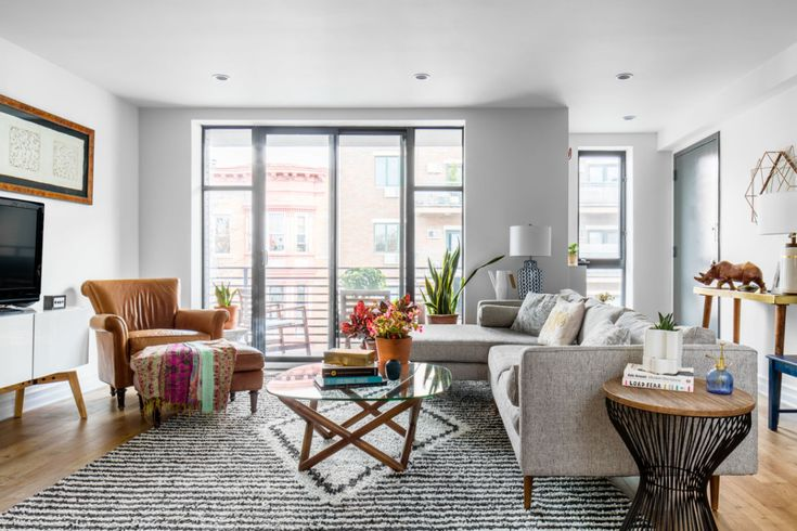 For A Newlywed Couple In Brooklynu0027s Park Slope, Homepolish Designer Megan  Hopp Took A Barebones Apartment And Transformed It Into A Vibrant  Expression Of ...