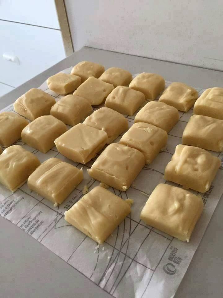 Easy Chocolate Fudge| NESTLÉ® Very Best Baking