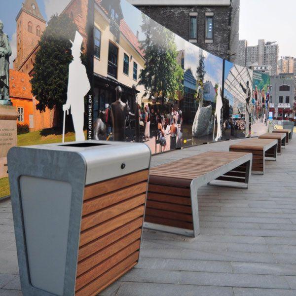 Afvalbak en banken FalcoLinea op Expo Shanghai.