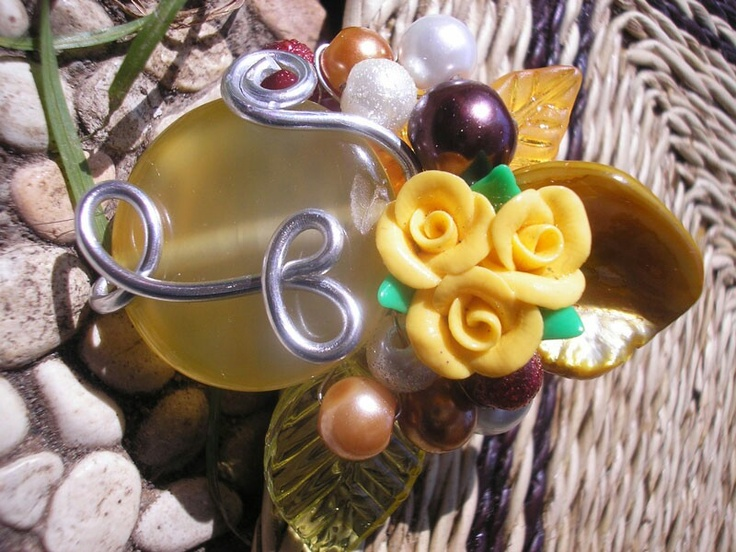 Yellow Stone Wired Brooch