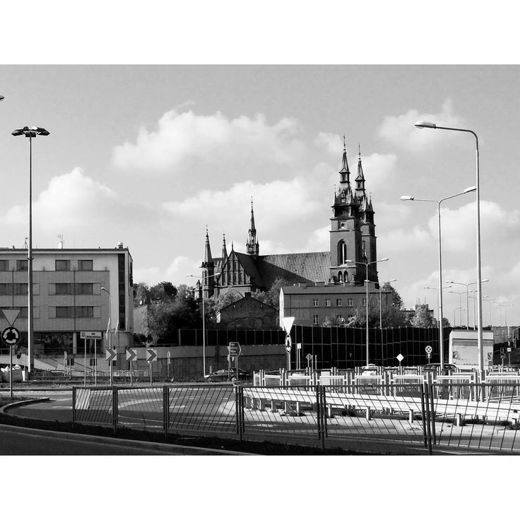 #Kielce #Poland#lubiepolske #igerskielce #church#kosciol #blackandwhite #town #architecture #instagood #instaarchitecture #instadaily #fun#photoshoot