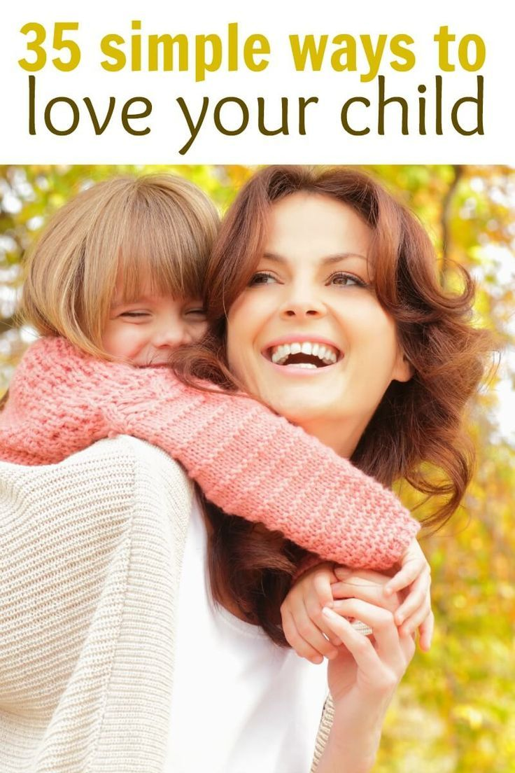 35 ways for a mom to show love to their child. Great read for moms who are at home with their kids throughout the day, babies, toddlers, and preschoolers will love these!